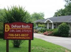 DeFoor Realty