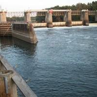 lock-and-dam